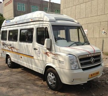 15 seater Tempo Traveller in jaipur